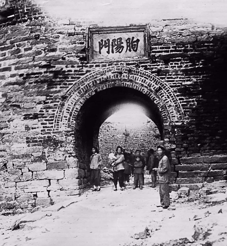 1956年的朐阳门