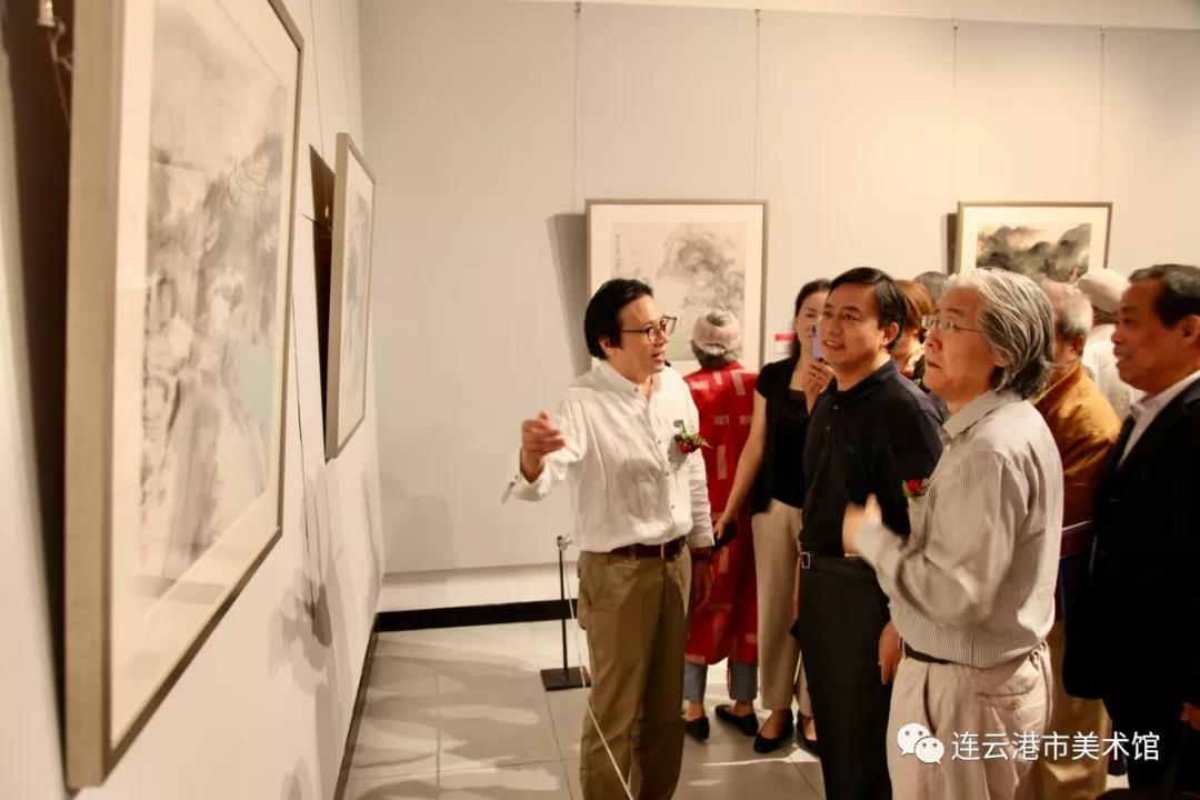 """市美术馆展出彩墨华章——""""庆祝中华人民共和国成立70周年""""连云港市美术书法优秀作品展"""
