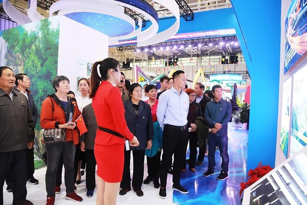 观成就、强信心、谋发展 !连云区组织参观江苏省庆祝新中国成立70周年成就展